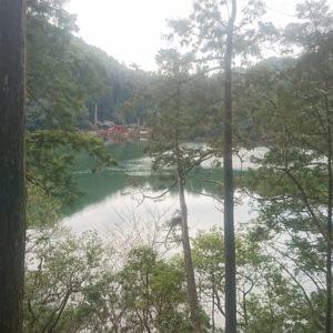 【池神社】明神池の魅力を体感しよう!
